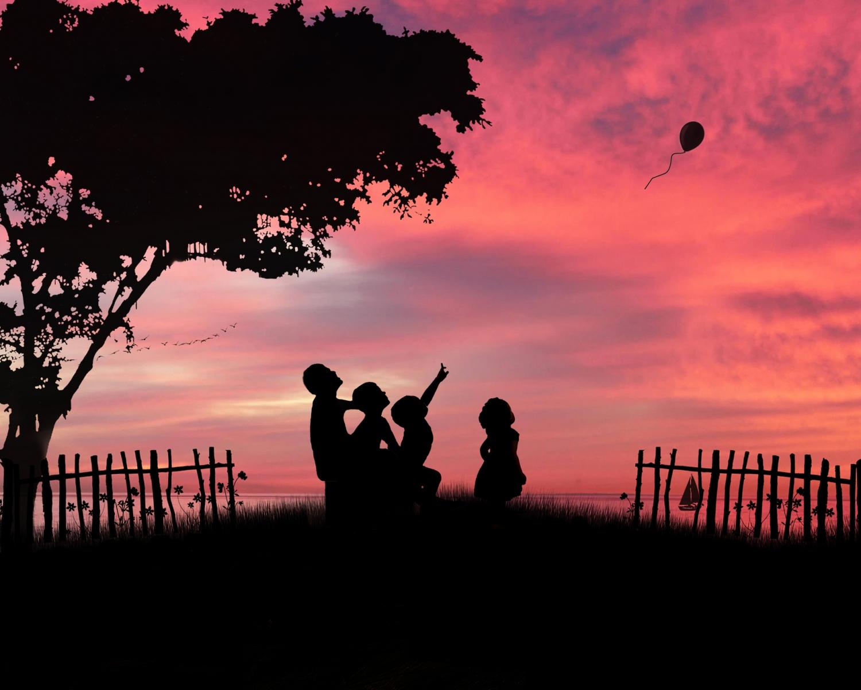 kids-beach-sunset